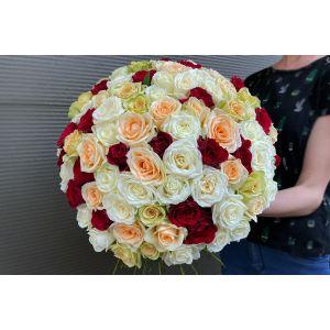 Buchet 101 trandafiri romanesti / Olanda